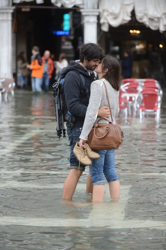 Photo of the day   Venice Flooded: Tourists, Locals Make ...